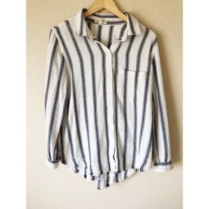 Cloth & stone striped button down top large
